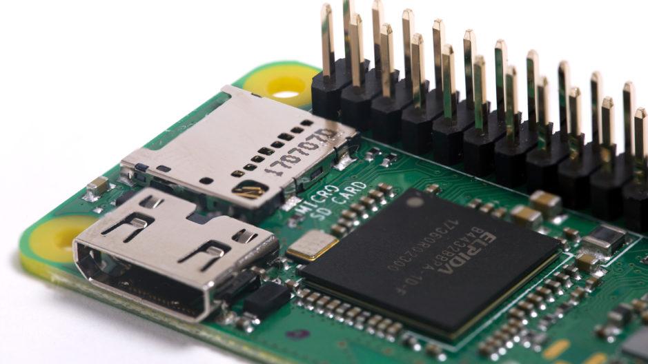 La Raspberry Pi Zéro WH dispose de ports GPIO